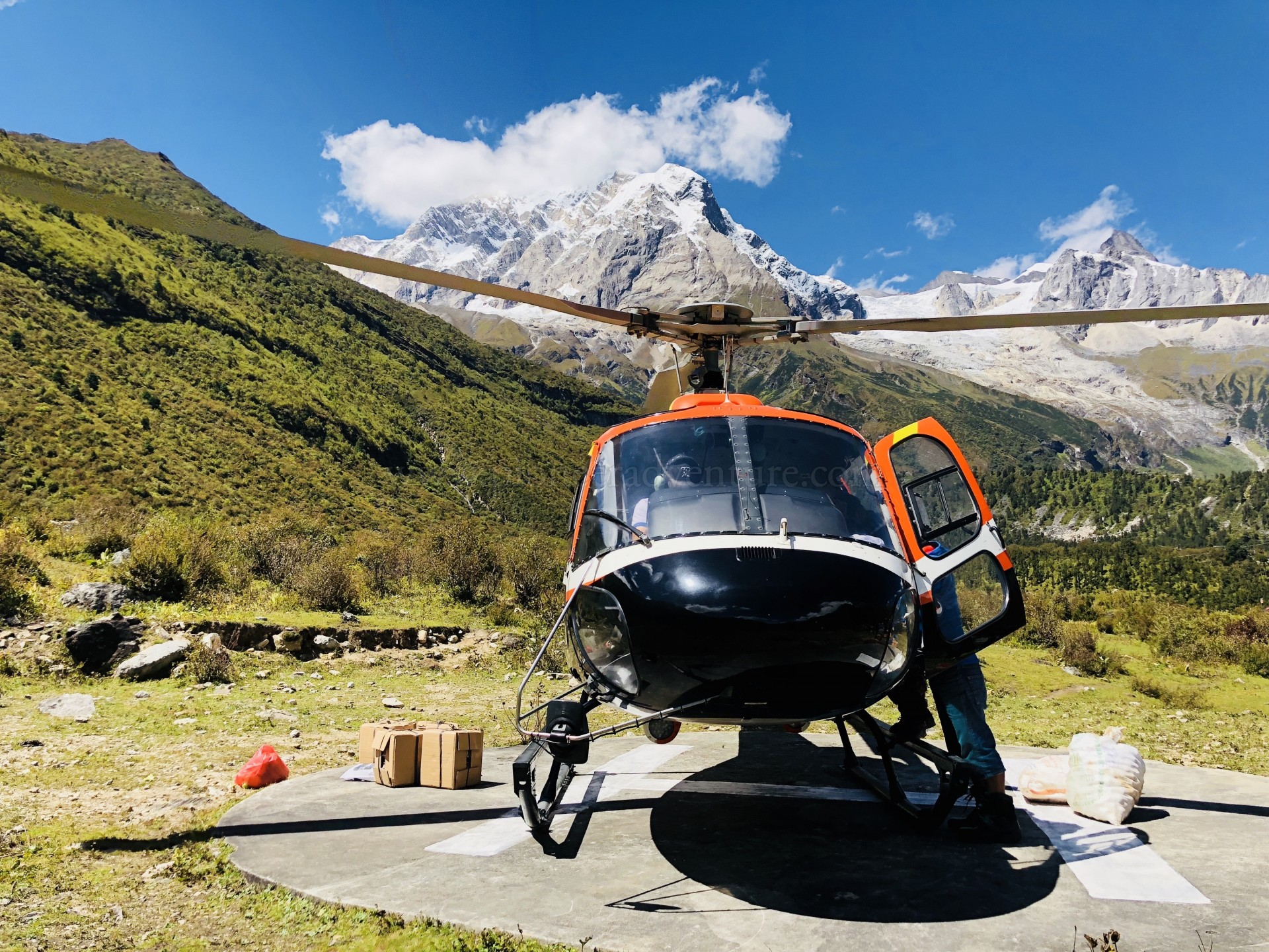 Annapurna Base Camp Helicoper Tour